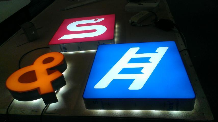 Illuminated Letters   LIGHTBOX DIRECT